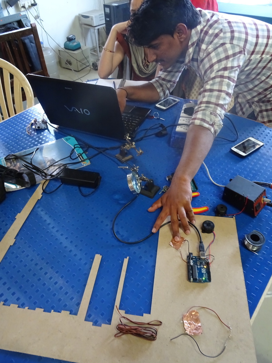 working with sensors to measure air quality, at Vigyan Ashram FabLab, February, 2017. Photo: Cindy Kohtala